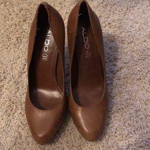Camel color Aldo heels